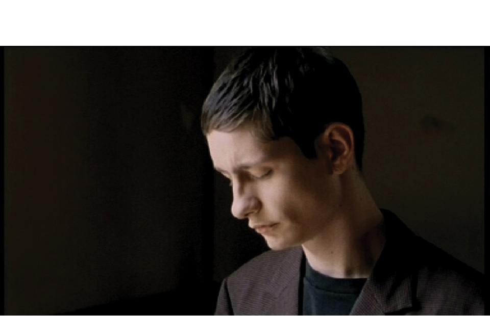 http://www.markuskoob.com/files/gimgs/th-1_wasbleibt-still-web.jpg